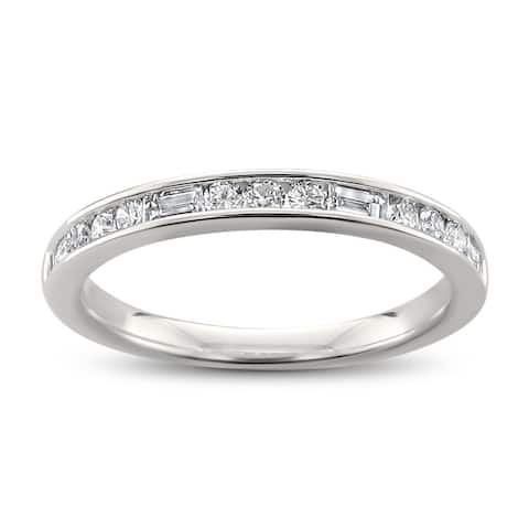 14k White Gold 1/2ct TDW Baguette and Round Cut Diamond Wedding Band (H-I, SI1-SI2)