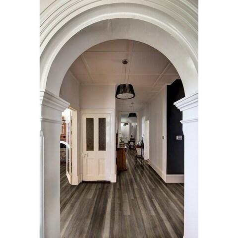Selkirk Pillar Luna (12 planks / 22.95 sq. ft.)