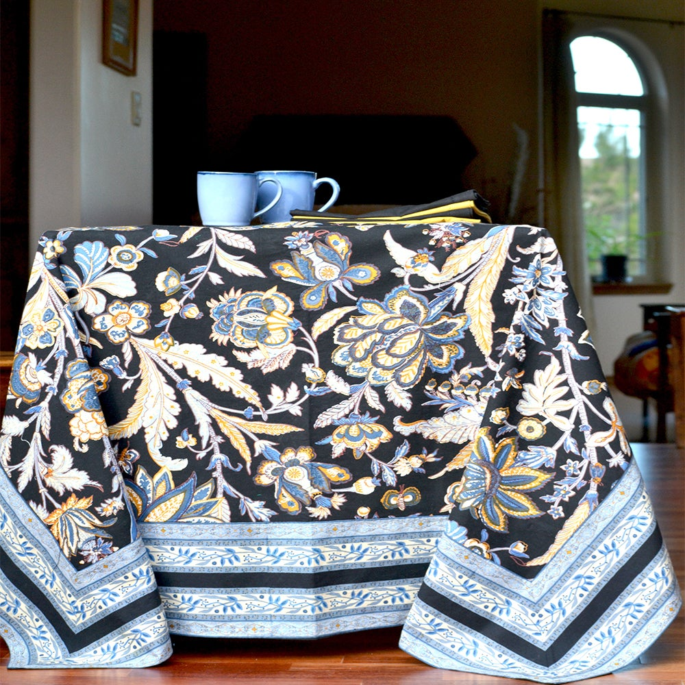 Handmade Boho Batik Tablecloth (60x60) (India) (Blue/Blac...