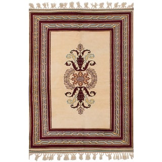 ecarpetgallery Hand-Knotted Caucasus Kula Ivory Wool Rug (5'6 x 7'9)