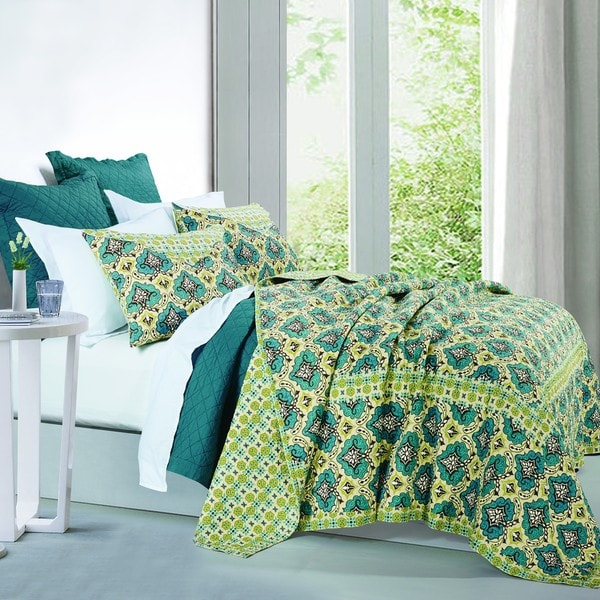 HiEnd Accents Salado Green/ Blue Cotton Quilt Set