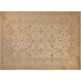 Hand-knotted Peshawar Loriann Ivory/Tan Wool Rug (10'2 x 13'8) - 10' x 14'