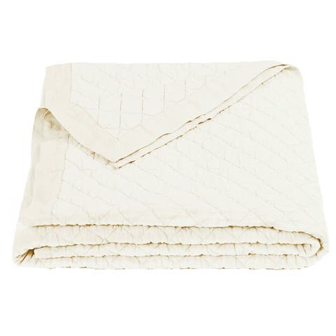 HiEnd Accents Diamond Pattern Cream Linen Quilt (Shams Not Included)