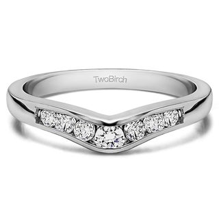 Platinum Graduated d Classic Contour Wedding Ring mounted with Diamonds (G-H, SI2-I1) (0.25 Cts. twt)
