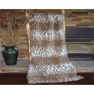 Mazmania Cheetah Looped Wool Throw Blanket