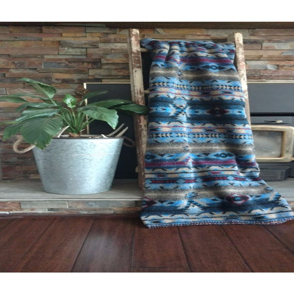 Mazmania Lapis Looped Wool Throw