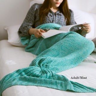 Cheer Collection Large Mermaid Tail Blanket (Option: Adult/Mint)