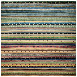 Farnah Wool Han-knotted Area Rug (9'1 x 9'2)