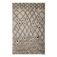 "Sarposan Hand Knotted Area Rug (4'10"" X 7'7"")"