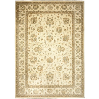 Omidifabad Beige Wool Hand-knotted Area Rug (9'10 x 14')
