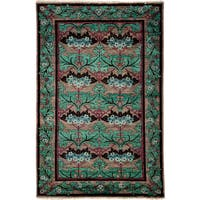 "Sunoomah Hand Knotted Area Rug (4'10"" X 7'8"")"