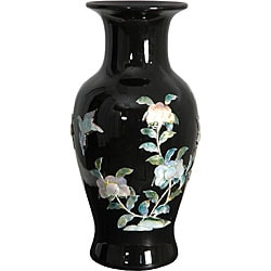 Handmade Black Fishtail Porcelain Vase (China)