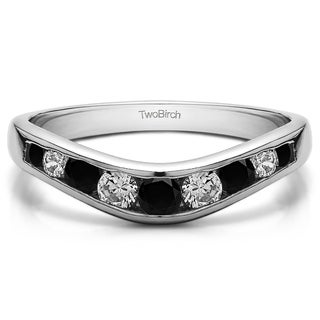 14k Gold Graduated Classic Style Contour Band Mounted With Black And White Diamonds G H I1 I2 0 42 Cts Twt