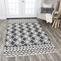 Hand-Tufted Idyllic Natural Wool Geometric Area Rug (5' x 8') - 5' x 8'