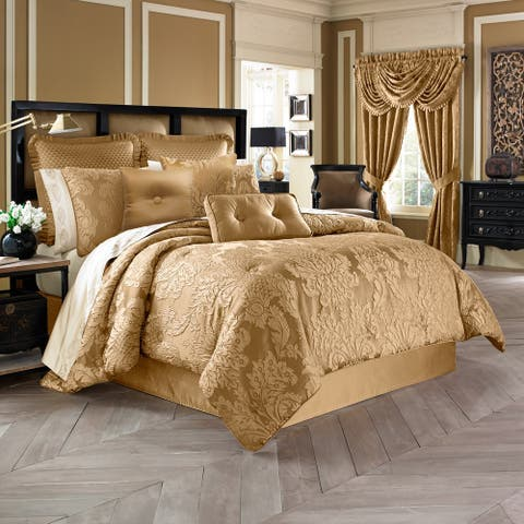 Five Queens Court Colonial Woven Jacquard 4-piece King Size Comforter Set in Gold (As Is Item)