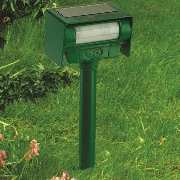 "Bell & Howell Solar Animal Repeller (70"" with Strobe), Bl..."