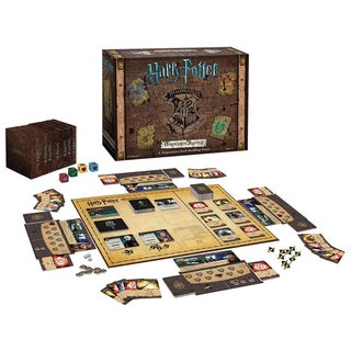 USAopoly Harry Potter Hogwarts Battle Board Game