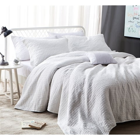 BYB All Natural White Stone Washed Dye-Free Wrinkle Quilt Set