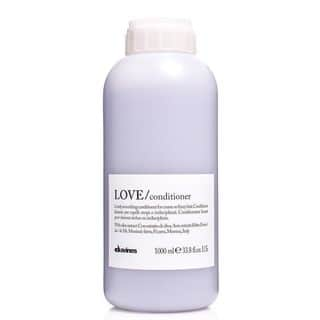 Davines Love Lovely 33.8-ounce Smoothing Conditioner for Coarse or Frizzy Hair|https://ak1.ostkcdn.com/images/products/16048579/P22437162.jpg?impolicy=medium
