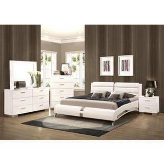 Crisp Contemporary Designed Upholstered Bedroom Set