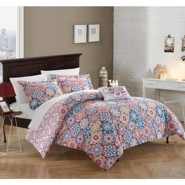 Chic Home 4-piece Winona Red 100-percent Cotton Reversible Duvet Cover Set