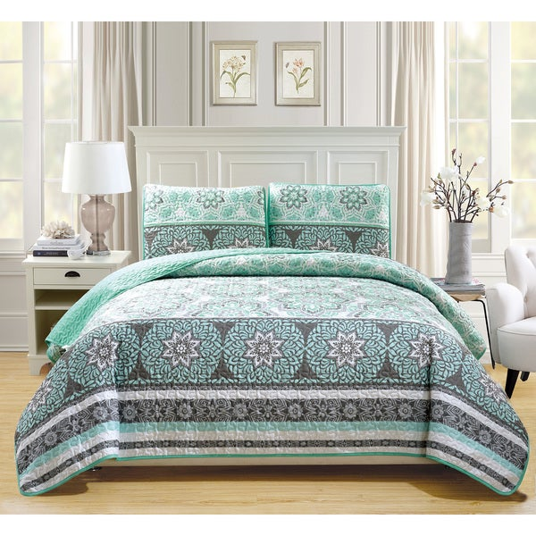 Fashion Street Amber Quilted 3-piece Bedspread Set