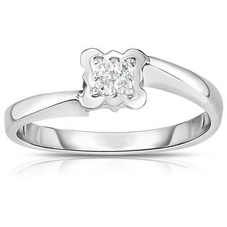 Noray Designs 14K Gold Diamond (0.05 Ct, G-H color, SI2-I1 Clarity) Flower Stackable Ring - White G-H