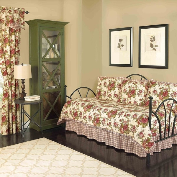 Waverly Norfolk Reversible Cotton 5-piece Quilt Daybed Collection