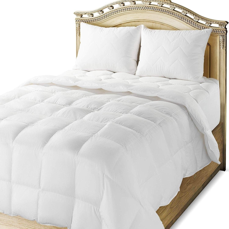 Maxi 300 Thread Count Cotton Down Alternative Comforter (...