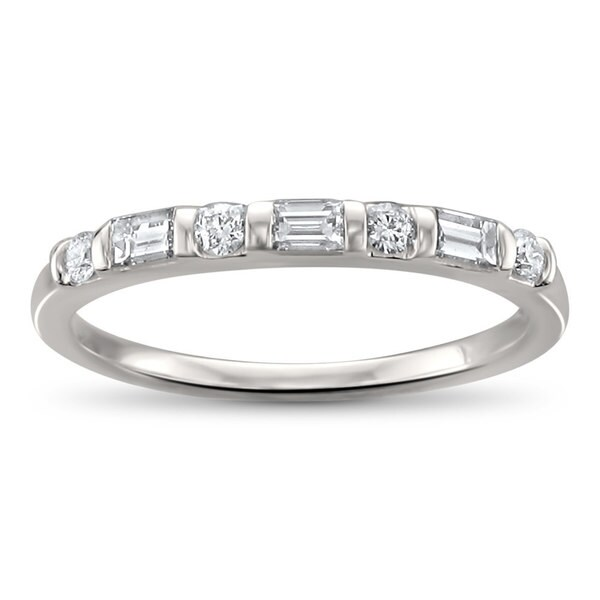 Montebello Jewelry 14k White Gold 1/3t TDW Baguette-cut Diamond Wedding Band (H-I, SI1-SI2)