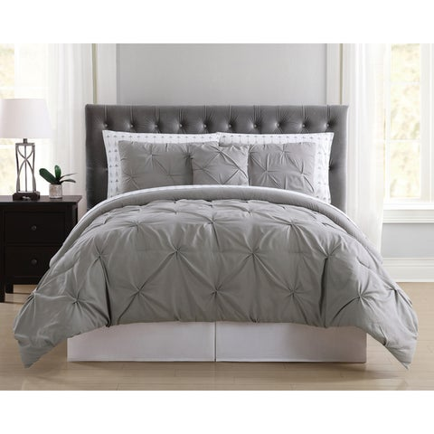 Truly Soft Pinch Pleat 8 Piece Bed In a Bag with Arrows Printed Sheets