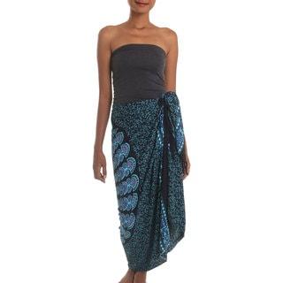 Handcrafted Rayon Batik 'Blue Sunburst' Sarong (Indonesia)