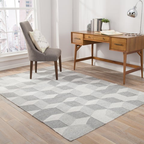 Malkin Indoor/Outdoor Geometric Gray Area Rug (5' X 8') - 5' x 8'