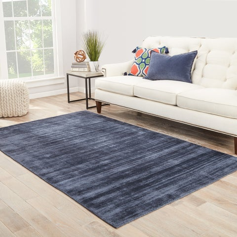 Lizette Handmade Solid Blue/ Gray Area Rug (5' X 8') - 5' x 8'