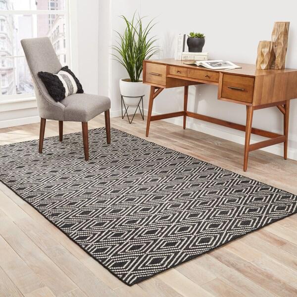 Sedona Indoor/ Outdoor Geometric Black/ Beige Area Rug (8' X 10') - 8' x 10'