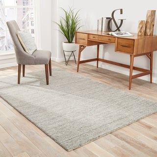 Silas Handmade Solid Gray/ Taupe Area Rug (8' X 10')