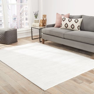 Lizette Handmade Solid Bright White Area Rug (8' X 10')