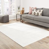 Lizette Handmade Solid White Area Rug (8' X 10') - 8' x 10'