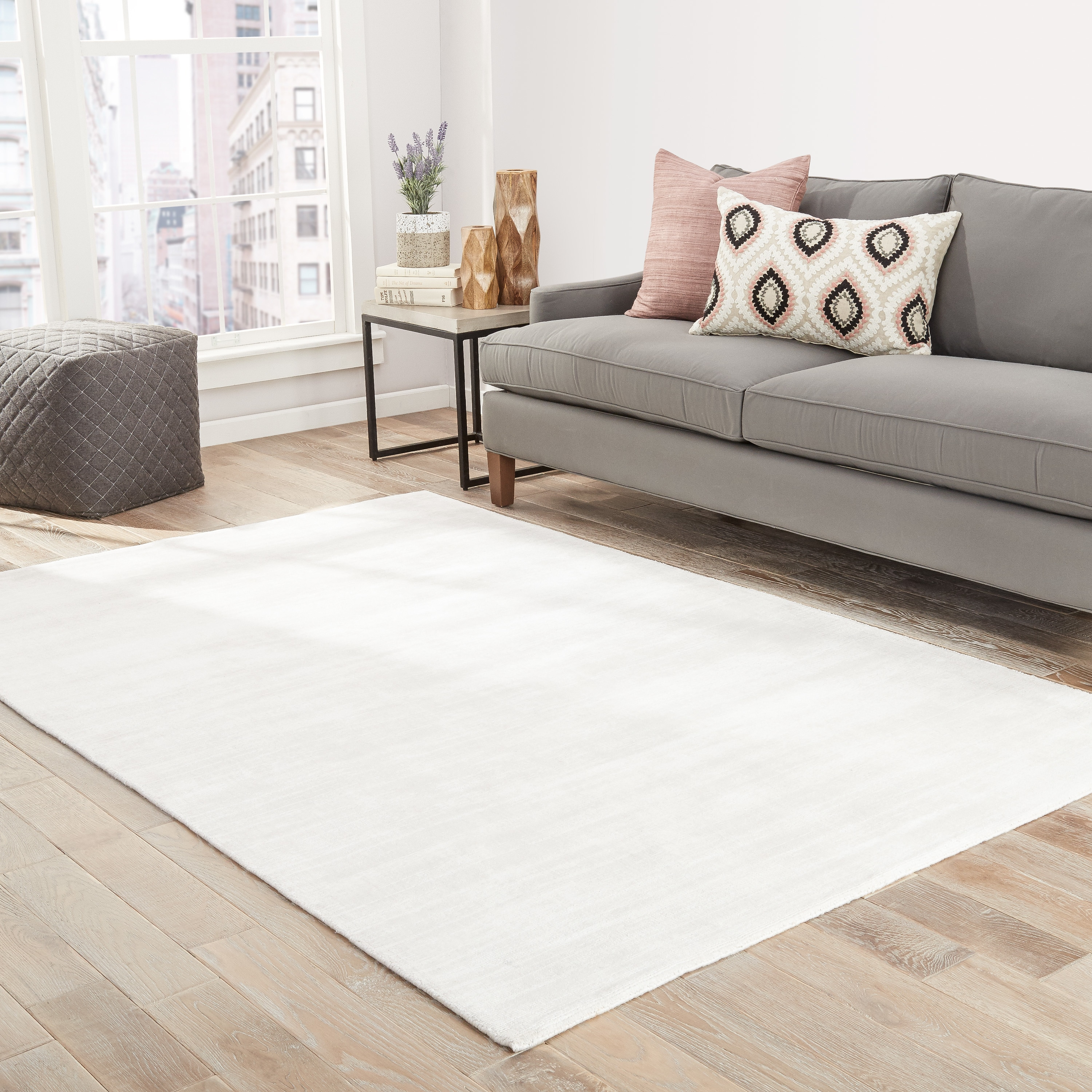 Lizette Handmade Solid White Area Rug 2 X 3