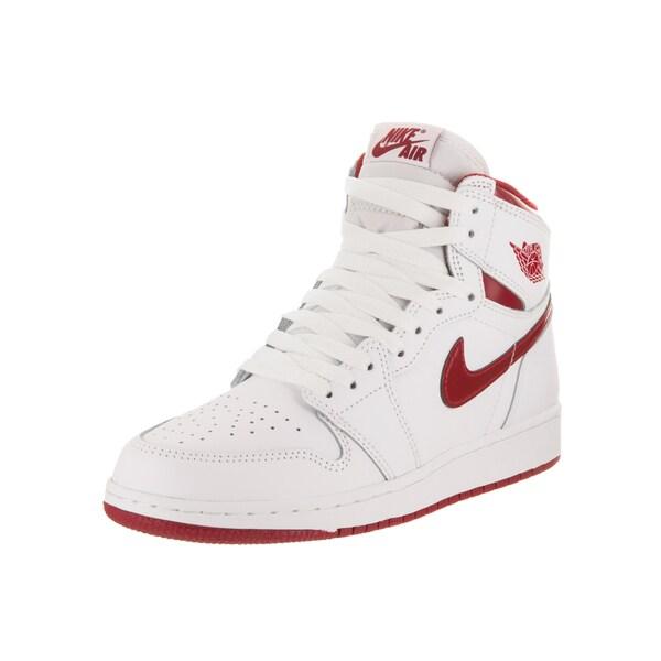 san francisco 83d2d cf33b Nike Jordan Kids Air Jordan 1 Retro High OG Bg Basketball Shoe