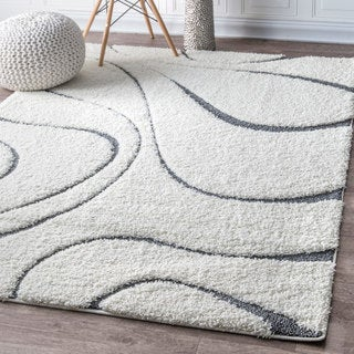 nuLOOM Soft and Plush Luxurious Curves Beige Shag Rug (5'3 x 7'6)