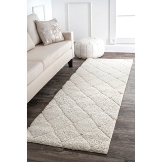 nuLOOM Soft and Plush Moroccan Trellis White Shag Runner Rug (2'8 x 8')