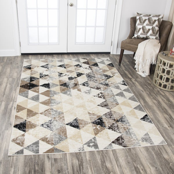 Rizzy Home Xcite Ivory Triangles Distressed Area Rug - 8' x 10'