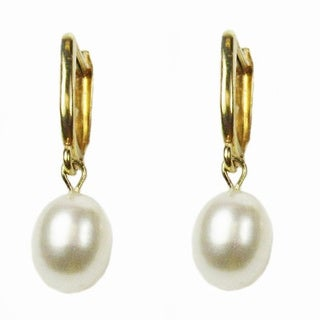 Pearl Lustre 14k yellow gold half hoop earring and freshwater pear