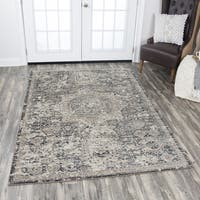 Panache Central Medallion Grey Distressed Area Rug - 5'3 x 7'6