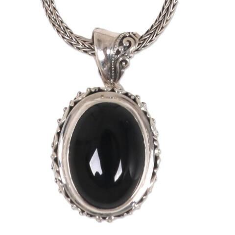 "NOVICA Handmade Onyx Pendant Necklace, 'Darkest Night' (Indonesia) - 7'6"" x 9'6"""