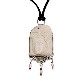 Pearl and Peridot Pendant Necklace, 'Queen of Eagles' (Indonesia)