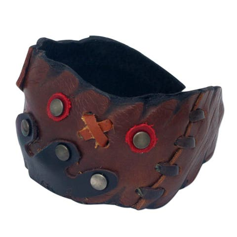 "Leather Cuff Bracelet, 'Tic Tac Toe' (Thailand) - 7'6"" x 9'6"""