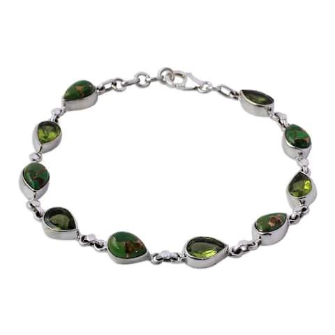 "Handmade Sunny Drops In Green Peridot Link Bracelet (India) - 7'6"" x 9'6"""