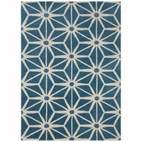 Artist's Loom Hand-tufted Contemporary Geometric Pattern Blue/White Wool Rug (5'x7')